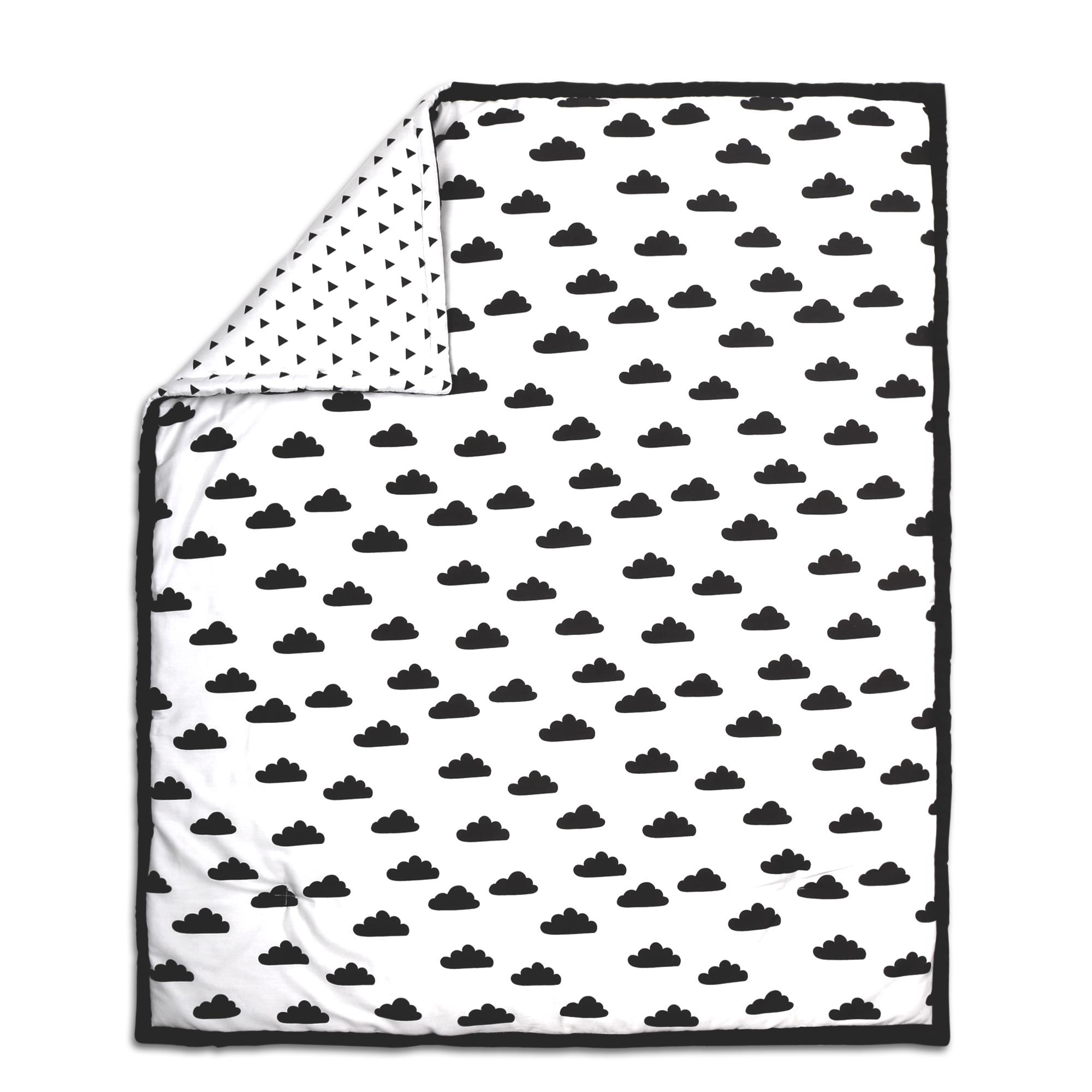 Cloud Print Cotton Quilt in Black & White